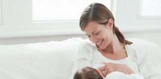 Anne Sütü Eksikliğinde Bebek Nasıl Beslenir